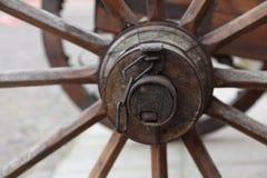 Старая тележка колеса стоковое фото rf