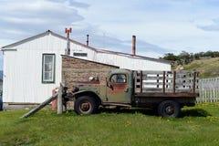Старая тележка на имуществе Herberton доджа Стоковая Фотография