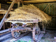 Старая тележка сена Стоковые Изображения RF