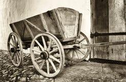 Старая тележка сена Стоковое фото RF