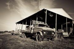 Старая тележка фермы Стоковая Фотография RF