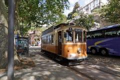 Старая трамвайная линия желтого цвета Oporto Стоковая Фотография RF