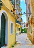 Старая улица Корфу Греция городка Стоковая Фотография