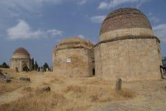 Старая усыпальница в кладбище полуостров Absheron, Азербайджан стоковое изображение