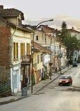 Старая улица в Belogradchik bulbed стоковое фото rf
