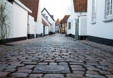 Старая улица в Ribe, Дании стоковые фотографии rf