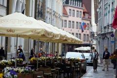 Старая улица Таллина Эстонии Стоковое Фото