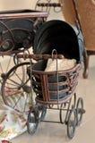 старая фасонируемая детской дорожной коляской Стоковое фото RF