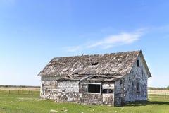 Старая ферма покинутая к ситовине Стоковые Фотографии RF
