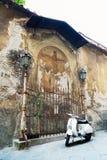 Старая фреска в Лукке, Италии показывая распятие ` Иисуса Стоковая Фотография