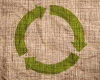 Старая холстина с зеленым цветом рециркулирует знак. иллюстрация штока