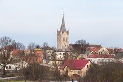 Старая церковь в Cesis, Латвии Исторические здания и город Стоковое фото RF
