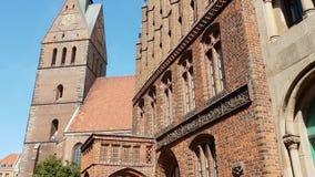Старая церковь рынка в Ганновере Германии сток-видео
