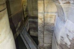 Старая цистерна воды matera, в городе подземно-минном стоковые изображения rf
