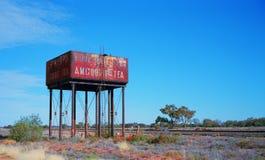 Старая цистерна с водой поезда пара стоковая фотография rf