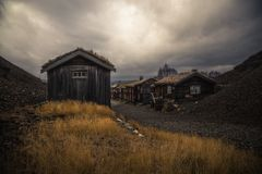 Старая часть Roros Норвежский минируя городок от списка ЮНЕСКО стоковое фото rf