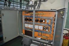 старая шкафа электрическая стоковые фотографии rf