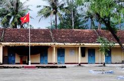 Старая школа кирпича в городке человека Xin, северном Вьетнаме Стоковая Фотография RF