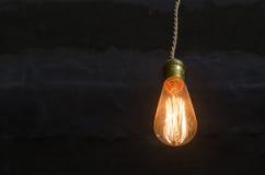 Старая электрическая лампочка Стоковое Фото