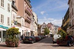 Старинная улица в старом городке города Кольмара alsace Франция стоковое изображение
