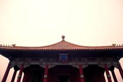 Стародедовская китайская крыша зодчества Стоковые Фото