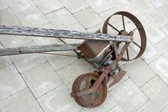стародедовская сеялка Стоковая Фотография