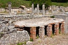 Стародедовские руины на Glanum стоковое изображение rf
