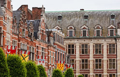 стародедовское яркое здание flags стена Стоковые Изображения