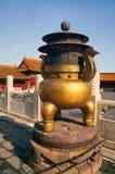 стародедовское zhong ding фарфора Стоковые Фотографии RF