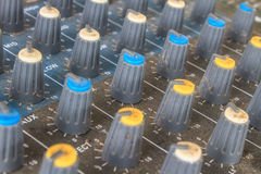 Старое аудио оборудования кнопок Стоковые Изображения