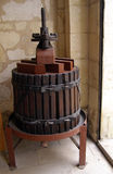 старое вино давления Стоковая Фотография