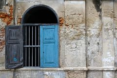 Старое винтажное голубое окно Стоковое Изображение RF