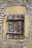 Старое европейское деревянное окно стоковое изображение rf