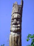 Старое деревянное резное изображение стоящий человек 3 Стоковые Изображения