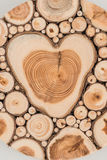 Старое деревянное сердце влюбленности Стоковые Изображения