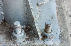 Старое заржаветое чокнутое и болт Стоковое Фото
