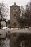 Старое здание в городке Priozersk стоковые фотографии rf