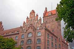 Старое здание сделанное красных кирпичей Мюнхен. Стоковые Изображения
