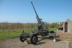 Старое зенитное оружие Второй Мировой Войны стоковая фотография rf