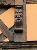 Старое историческое резное изображение в Obernai, Эльзасе, Франции Стоковое фото RF