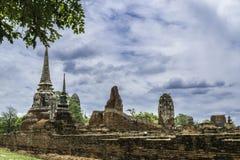 Старое красивое тайское wat Mahathat виска, равенство Ayutthaya историческое Стоковое Фото