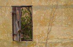 Старое окно амбара Стоковое Изображение