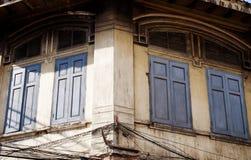 Старое окно на старинном здании Стоковые Фотографии RF