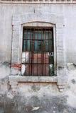 Старое окно с стальными прутами Стоковая Фотография