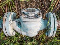 Старое отверстие клапана воды Стоковое фото RF