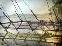 Старое отражение пешеходного моста Стоковые Изображения RF