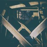 Старое промышленное оборудование Ломая стена Стоковые Фотографии RF