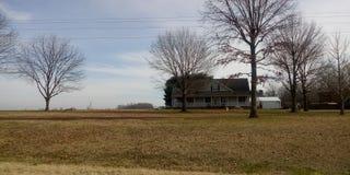 Старое ранчо вне городка стоковые изображения