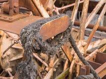 Старое ржавое колесо затвора речного судна Стоковые Изображения