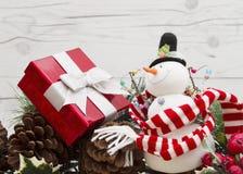 Старое сообщение рождества моды с снеговиком Стоковые Изображения